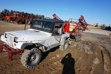 Spray rig consisting of Jeep