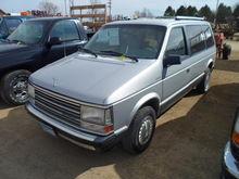 1989 Plymouth Mini Van, Auto, A
