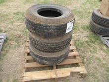 (4) 245/75r16 tires mounted 8 l