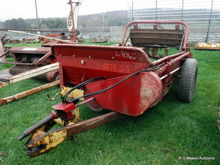Holland 510 manure spreader
