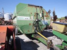 KEENAN 200 EZE FEED MIXER WAGON