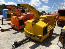 2004 Vermeer BC1000XL Chipper (