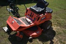 ARIENS EZR1742 ZERO TURN MOWER