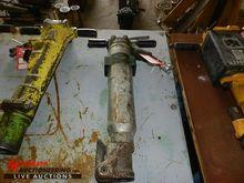 SULLAIR MPB90 PNEUMATIC PAVER/H