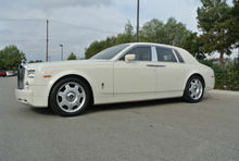 2005 White Rolls Royce Phantom