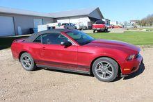 2010 Mustang convertible car, v