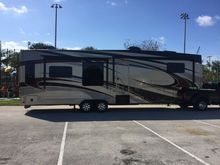 2014 LIFESTYLE 36 5TH WHEEL