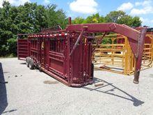 Portable Hydraulic Cattle Chute