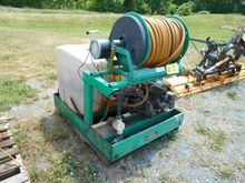 LESCO SKID MT SPRAYER 100 GAS