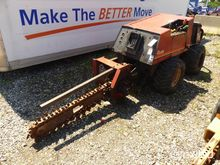 Ditch Witch 410SX Walk Beside A