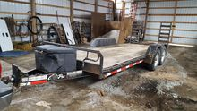 TANDEM AXLE FLATBED TRAILER WIT