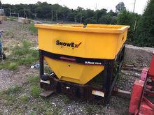 SnowEx V-Maxx 9300 Spreader Ins