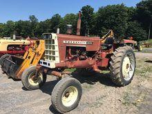 1421:Cockshutt 1555 Tractor