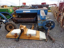 Ford 532 Sq. Baler