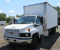 2005 GMC C5500 Box Truck