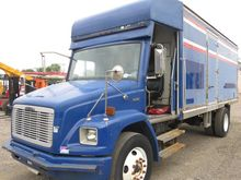 2001 Freightliner FL70 Box Truc
