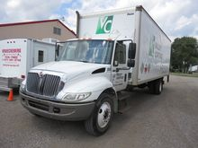 2005 IH 4300 Box Truck