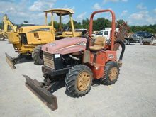 2007 Ditch Witch TR40 Trencher