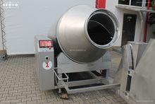 Vacuum tumbler with cooling Pek