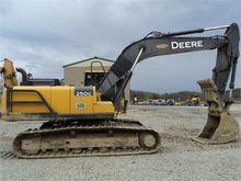 New 2013 DEERE 250G