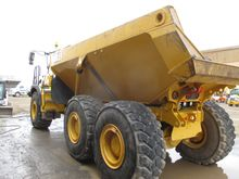 Used 2014 BELL TRUCK