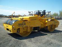 2015 SAKAI SW880 ASPHALT ROLLER