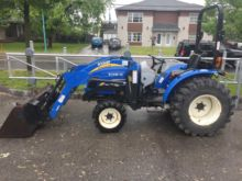 2013 New Holland Boomer 35