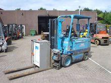 1990 CAT Lift Trucks M-100-B