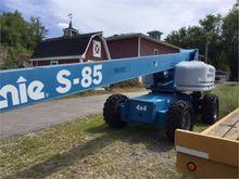 2003 GENIE S85