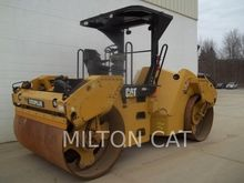2011 CATERPILLAR CB54