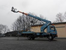 2000 Truck-Mounted Boom Lifts :