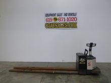 2000 CROWN 8,000LB PR3540 ELECT