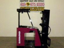 RAYMOND 4,000LB R40-C40TT ELECT