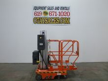 Used 2000 JLG 12SP S