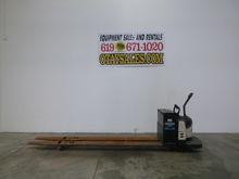 2005 CROWN 8,000LB PE4500 ELECT
