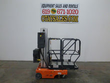Used 2002 JLG 12SP S