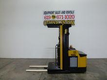 2004 YALE 3,000LB OS030 ELECTRI