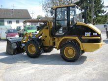 2003 Caterpillar 908