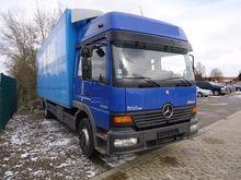 1999 Mercedes-Benz 1228