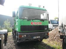 2000 RHD ERF EC8.30 6X2 M LIFT
