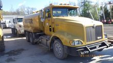 1998 International 9400 Water E
