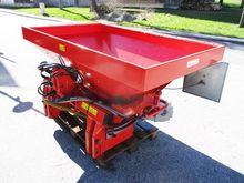 2002 Rauch MDS 932 R fertilizer