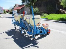 Monosem PNU Single seeder 4-row