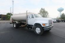 1998 Ford F 800