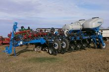 KINZE 4900 PLANTER--USED