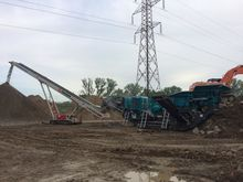 2016 Powerscreen premiertrack 3