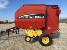 2003 NEW HOLLAND BR740