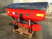 2005 Vicon RSM Fertiliser sprea