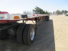 2005 TRANSCRAFT Flat Bed