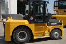 Taylor TT-300 Tow Tractor